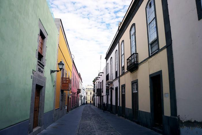 La vieille ville de Las Palmas et son architecture coloniale.
