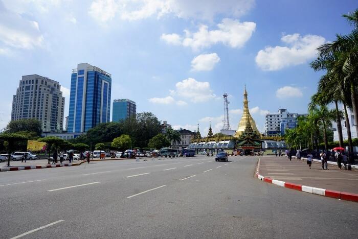 Le dimanche, Rangoun est bien plus agréable et tranquille pour se promener.