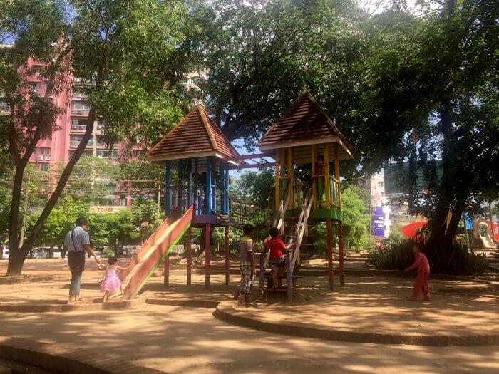 L'aire de jeu (une partie seulement) du Kandawgyi Park