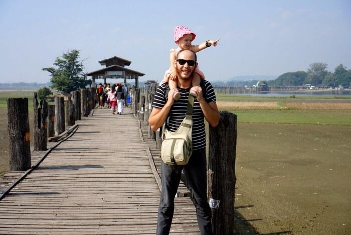 Sur le pont U-bein Bridge de jour : il y a moins de monde !