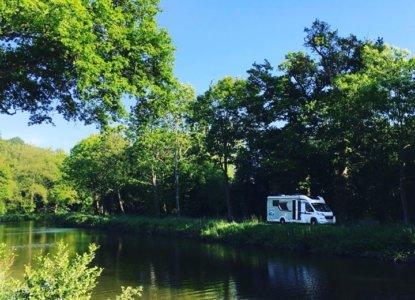 Notre grande aventure estivale en camping car est lancée ! Nous sommes encore proche…