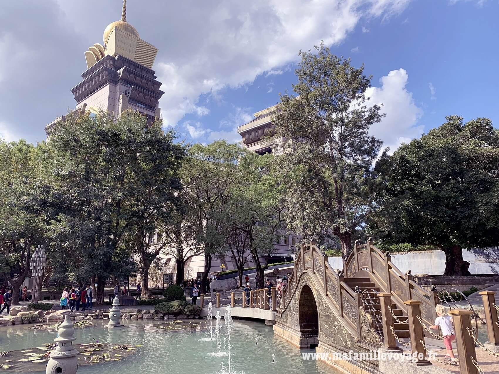 Chung Tai Chun Monastery